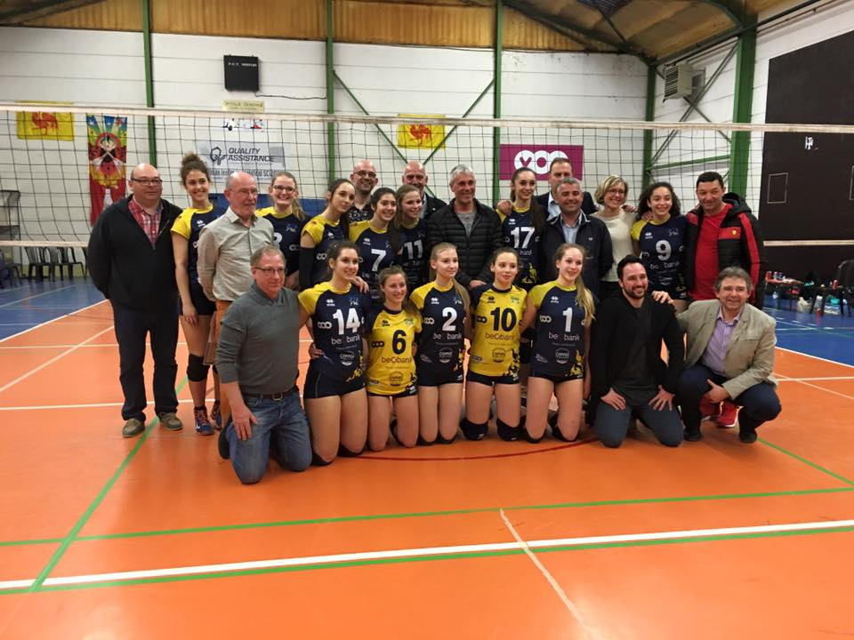 Thuillies champion volley...